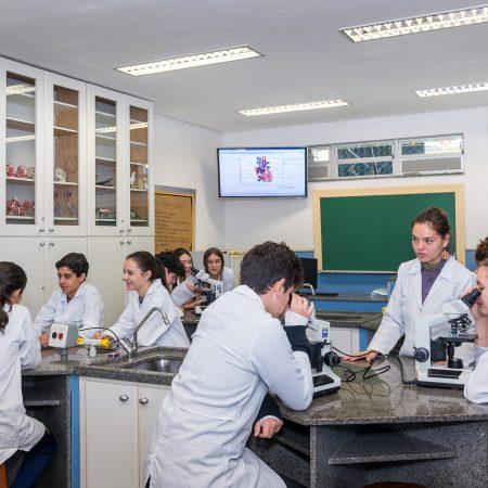 Ensino Fundamental II – Laboratório de Ciências