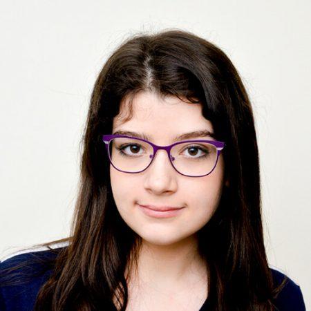 Mariana Andrade Peres